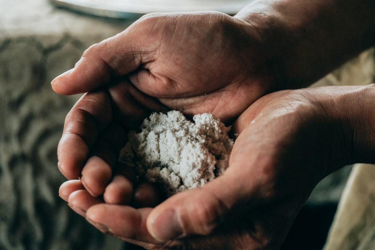 日本三大薬湯、松之山温泉の源泉から生まれる太古の塩